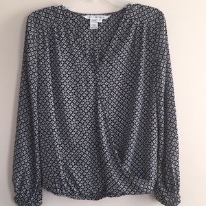 Max Studio Long Sleeve Black White Blouse size Sm